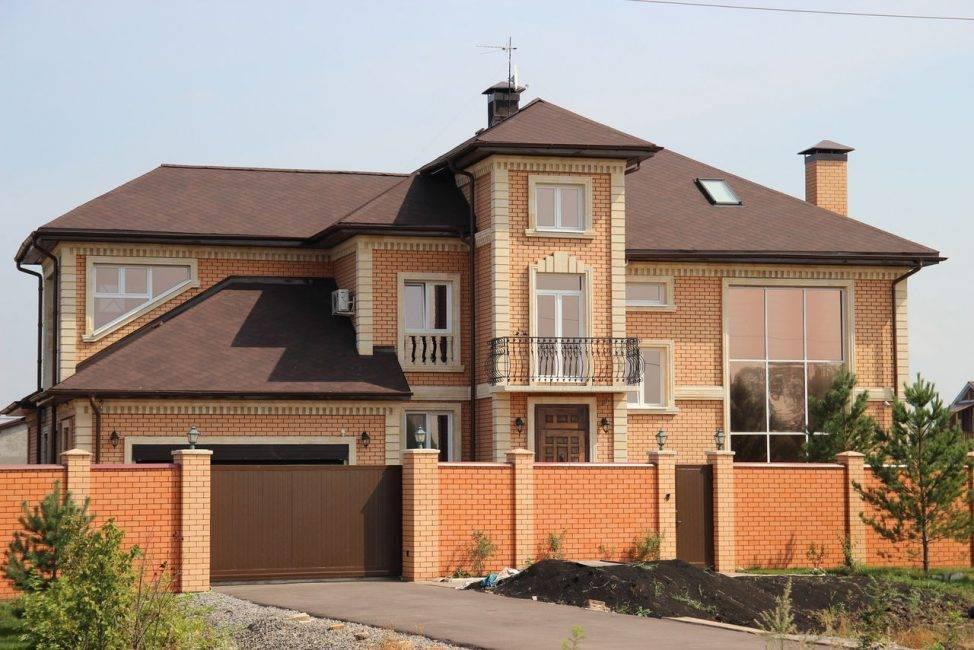 Кирпичный фасад дома варианты
