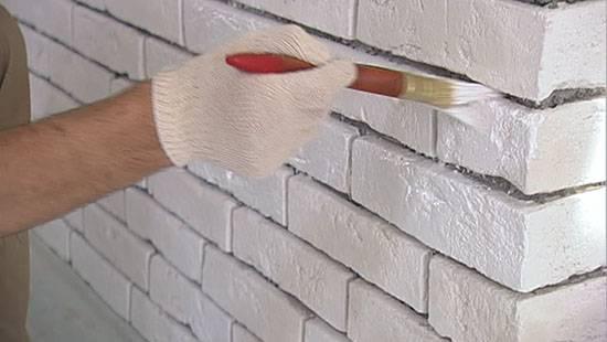 Покраска силикатного кирпича фасадной краской